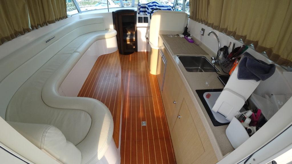 Gulf Craft Silvercraft 40 - Galley