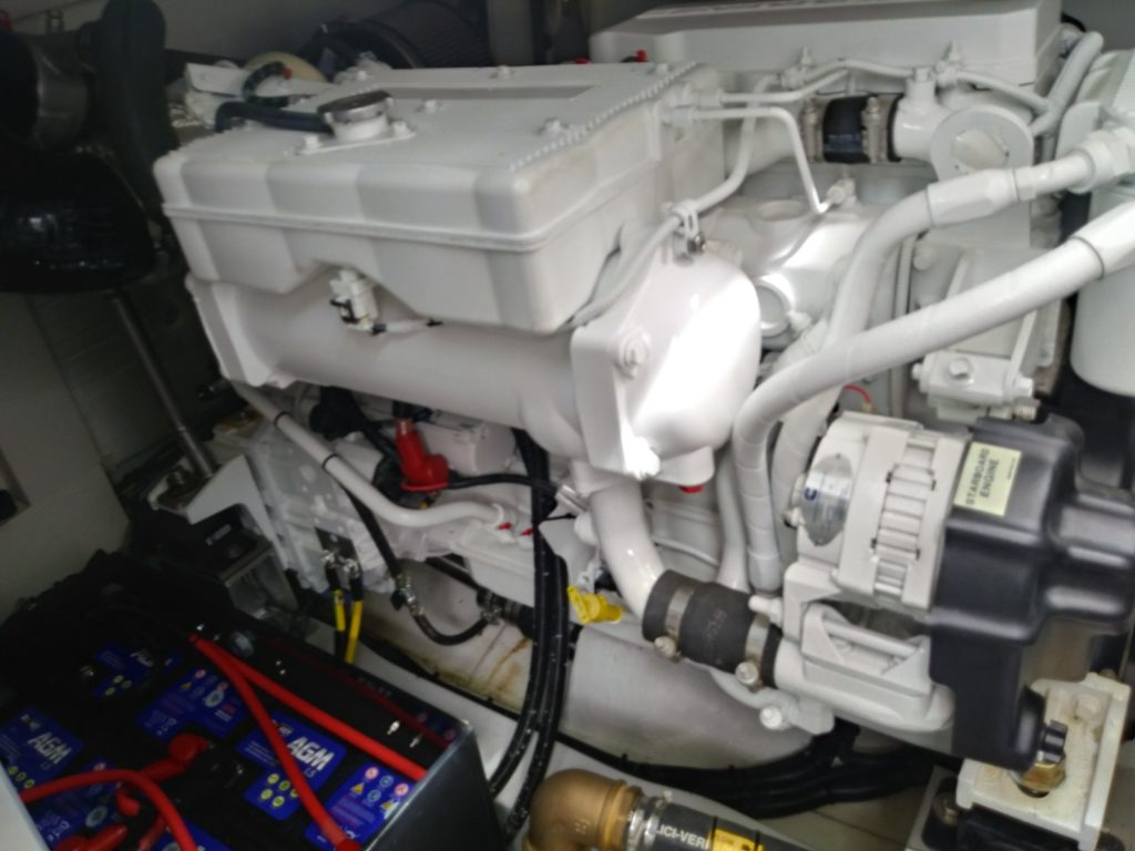 2017 Azimut 43' Magellano Engines